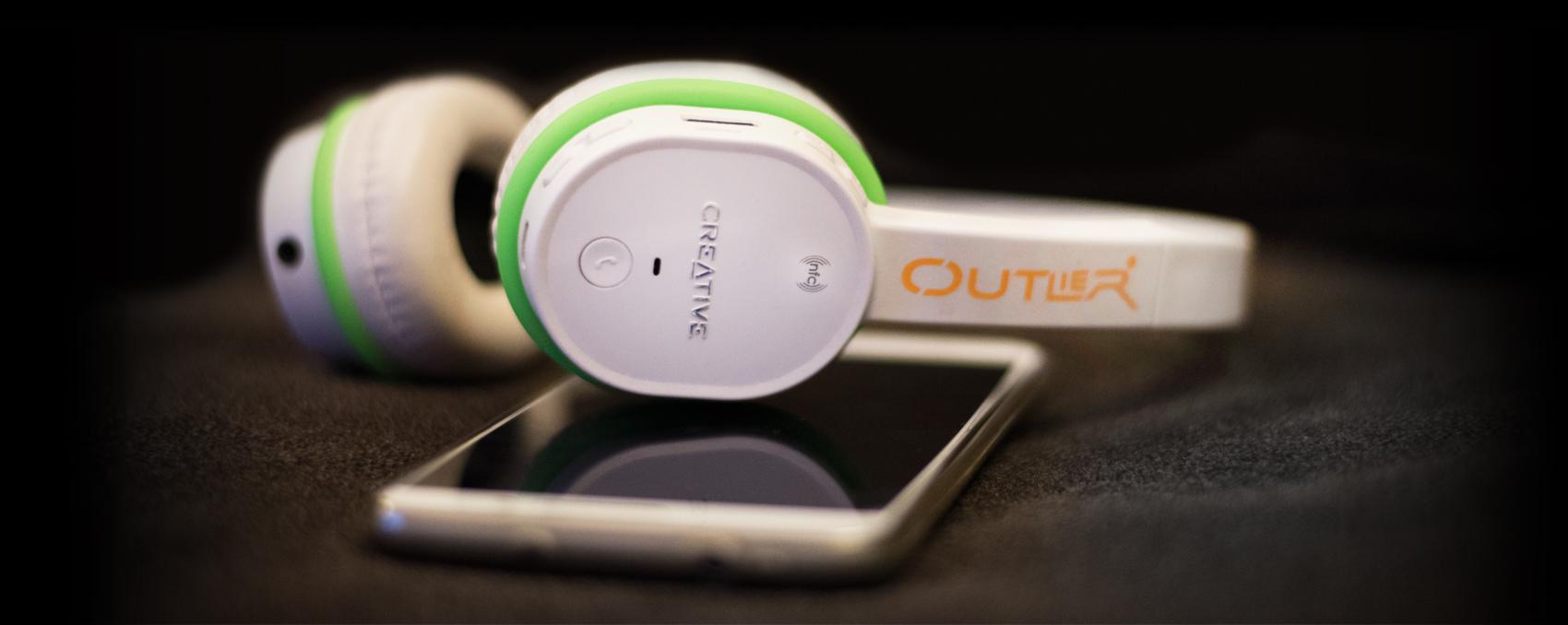 Creative Outlier Headphone